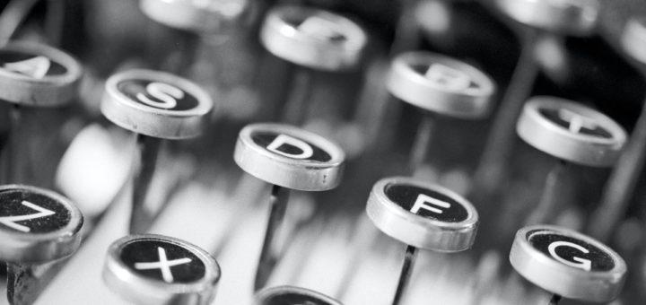 Tasten einer Schreibmaschine